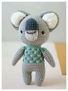 Crochet Disney, Diy Crochet, Crochet Toys, Simply Crochet, Amigurumi Toys, Crochet Animals, Pattern Books, Stuffed Toys Patterns, Crochet Projects