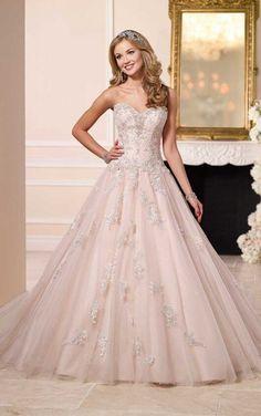 6112 Ball Gown Weddi