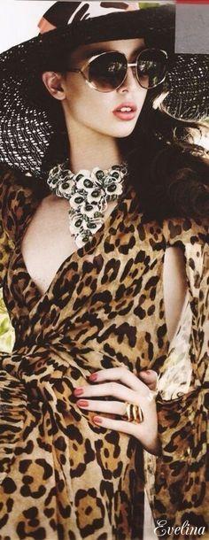Exotic Animal Print♪ƸӜƷ❣ 🎬🖤 ♛♪ 🎩🌹 ✿ ❀¸¸¸. Animal Print Outfits, Animal Print Fashion, Fashion Prints, Animal Prints, Leopard Fashion, Glamour, Leopard Animal, Fashion Mode, African Safari