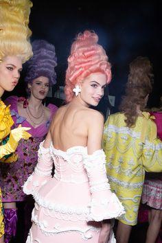 Weird Fashion, High Fashion, Fashion Show, Fashion Looks, Runway Fashion, Fashion Models, Milan Fashion, Monster High, La Reverie