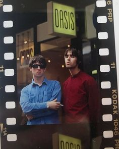 10 years without Oasis Photo by Liam Gallagher Oasis, Noel Gallagher, Banda Oasis, Liam Oasis, Oasis Music, Oasis Band, Oasis Fashion, Liam And Noel, George Michael Wham