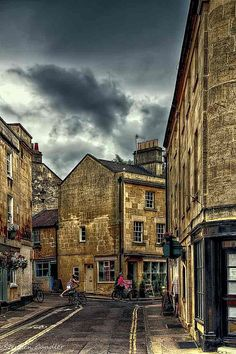 https://flic.kr/p/wg5GHM | Princes Street | Join me at Stephen Candler Photography ¦ Google+ ¦ Twitter ¦ Facebook  A view along Princes Street in Bath, Somerset, England.
