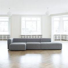 De HAY Mags Bank is een prachtige bank om te zien, maar je kunt er ook uren op zitten. #haydesign #couch