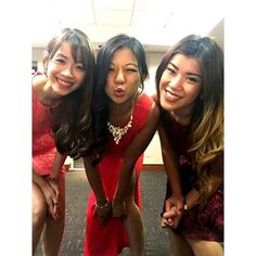 nice vancouver wedding ladies in R E D 👆💄👗👠😻 #fbf #flashbackfriday #myentourage #wedding #bffs #red #dresses #dressup #girls #bigbrotherswedding #alexandanna #vancity #raddison  #vancouverwedding #vancouverwedding