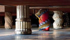 Columnas eclecticas de la alhondiga Bilbao