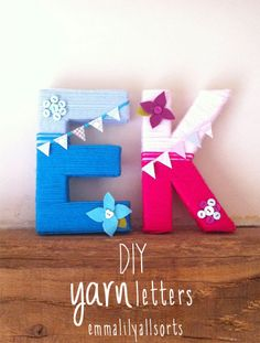 emmalilyallsorts: Diy Yarn Letters (use sari yarn? Yarn Letters, Diy Letters, Letter A Crafts, Picture Letters, Nursery Letters, Initial Letters, Yarn Crafts, Decor Crafts, Paper Crafts