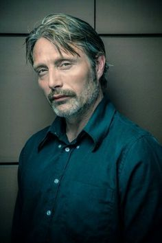 Mads Mikkelsen SOMEONE HELP LOOK AT THIS FAB MAN