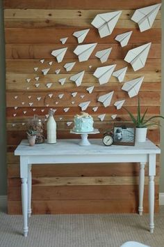 birthday travel idea 56 Ideas Travel Plane Airplane Birthday Parties For 2019 Baby Shower Avion, Deco Baby Shower, Paper Airplane Party, Airplane Decor, Airplane Party Favors, Airplane Bedroom, Airplane Window, Planes Birthday, Planes Party