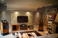 Cinemagic Entertainment setup Custom with furnishings… – Home Theater Systems – Audioroom Som Home Theater, Home Theater Setup, Best Home Theater, Home Theater Seating, Cinema Theater, Theatre, Equipment For Sale, Audio Equipment, The Big Comfy Couch