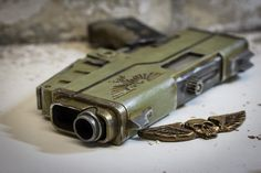 This pistol goes perfectly with any Imperial Warhammer cosplay, prints easily without any supports, is fun to paint and has a suprisingly nice bal Warhammer 40k Art, Weapon Concept Art, 3d Prints, Rats, Hand Guns, Weapons, Morse Code, Printing, Truck Drivers