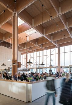 The temporary market hall in Östermalm turned out to be a bright, luminous, modern and truly welcoming place with stores and restaurants.  Photo: Felix Gerlach and architecture firm Tengbom.