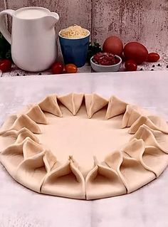 Cake Decorating Videos, Cookie Decorating, Egyptian Desserts, Pie Crust Designs, Bread Art, Pastry Art, Food Decoration, Creative Food, Diy Food