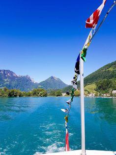 Der Walensee in der Schweiz. / Lake in Switzerland.
