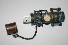http://atomictoasters.com/wp-content/uploads/2012/08/steampunk-usb.jpg