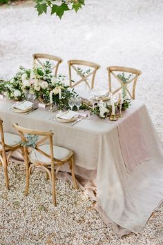 La Vie En Rose French Wedding Inspiration - MODwedding