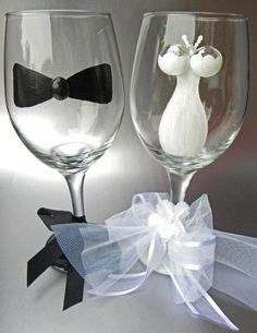 unusual glassware | ... glasses dress painted wine glasses etched glasses lolita wine glasses