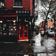 A rainy day and a bookshop — a couple hours of heaven! I just did that the other day and it was so fun and relaxing, especially with the rain falling outside.