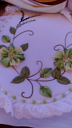 Wonderful Ribbon Embroidery Flowers by Hand Ideas. Enchanting Ribbon Embroidery Flowers by Hand Ideas. Ribbon Embroidery Tutorial, Silk Ribbon Embroidery, Diy Embroidery, Embroidery Patterns, Diy And Crafts, Paper Crafts, Ribbon Art, Embroidery For Beginners, Fabric Flowers