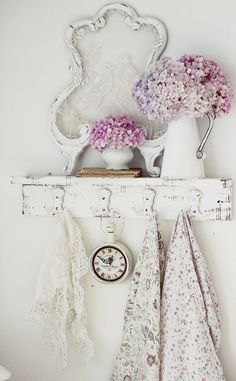 .Lovely shabby chic