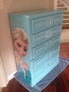 Frozen Dresser Kijiji Google Search Frozen Room Frozen