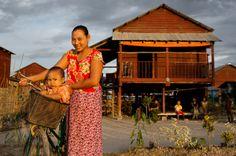 MYANMAR: Til tross for politiske omveltninger er Myanmar fortsatt herjet av borgerkrig og etniske motsetninger. I Kayin hjelper Flyktningehjelpen (NRC) internt fordrevne etter en av verdens lengste borgerkriger, mens Leger uten grenser (MSF) sliter med å få fram medisinsk hjelp etter interne motsetninger i Rakhine. - Bistandsaktuelt.no