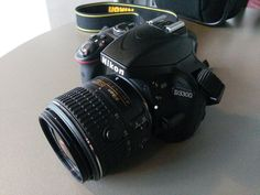 Nikon D3300 a ajuns și în România