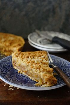 Fast Prep Caramel Apple Pie with 3 Ingredient Streusel Crumb Toppings