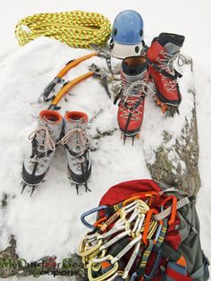 Mountaineering & Climbing – Experience The Thrill of Nature