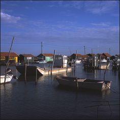 La Tremblade - Grève Harbour, Poitou-Charentes, France www.visit-poitou-charentes.com/en/Atlantic-coast