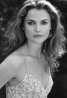 I always loved Keri Russell (and Felicity! Keri Russell, August Rush, Timeless Beauty, Classic Beauty, Iconic Beauty, Hollywood Actresses, Actors & Actresses, Jules Supervielle, Beautiful People