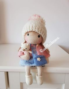 Crochet Doll Tutorial, Crochet Doll Pattern, Easy Crochet Patterns, Amigurumi Patterns, Amigurumi Doll, Crochet Designs, Crochet Dollies, Crochet Fabric, Knit Or Crochet