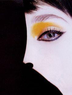 Photo by Robert Erdmann  Makeup by Lisa Eldridge