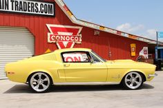 Fabulous 1968 Mustang Fastback 302  WATCH THE VIDEO: http://hot-cars.org/2015/07/22/incredible-1968-ford-mustang-fastback-302-v8/