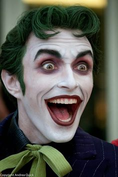 "Harley's Joker ""L-O-V-E"". This New 52 Joker Makeup Cosplay is Creepy as Hell Epic Cosplay, Joker Cosplay, Amazing Cosplay, Cosplay Costumes, Superhero Cosplay, Cosplay Ideas, Costume Ideas, Costume Halloween, Joker Halloween Makeup"