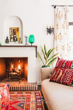 Adorable By The Fire – 16 Cozy Living Rooms We Want To Live In – Photos The post By The Fire – 16 Cozy Living Rooms We Want To Live In – Photos… appeared first on Home Decor .