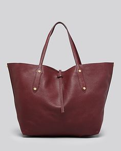 love this burgundy tote for fall {20% off during the friends and family sale right now!}