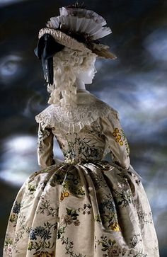 Bustle period hats were very elaborate with feathers and trimming, flowers and ribbons. They were usually worn tilted up or placed on the front of the head.