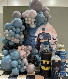 Batman Party Decorations, Birthday Balloon Decorations, Kids Party Themes, Cinderella Baby Shower, Deco Ballon, Batman Birthday, Balloon Garland, 2nd Birthday Parties, Catania