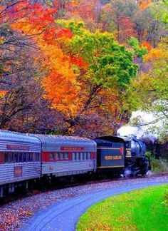 New England Fall Foliage Train. A fall foliage train tour is a leisurely way to experience the beauty of autumn in New England. Train Tracks, Train Rides, Places To Travel, Places To See, Vacation Places, New England Fall Foliage, Fall In New England, New England Travel, Autumn Photography