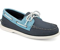 4c4282bb2af784 Sperry Top-Sider Authentic Original Two-Tone 2-Eye Boat Shoe Sperry Boat