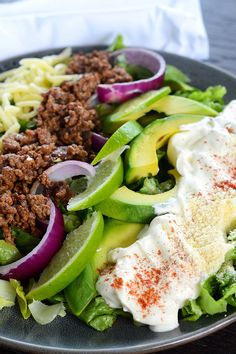 Taco Salad Taco Salad is really simple. Its the ingredients you would usually put inside a taco, but just as a salad on your plate! Just think, no more mess when the taco crunches and breaks!  Sour cream is your friend in this recipe. It helps to make