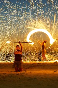 Fire show at the Intercontinental, Fiji. Click through for more ideas on what to do while in Fiji!