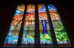 Karcag katolikus templom, tervezte és festette: Györfi Balázs