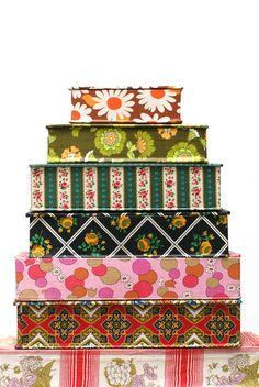 Vintage Sewing Boxes. So pretty!!