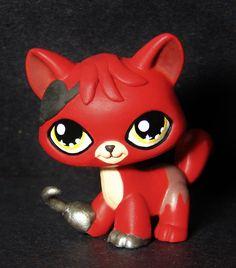 Kawaii Foxy FNAF Five Nights at Freddy's OOAK custom figure Littlest pet shop #Hasbro