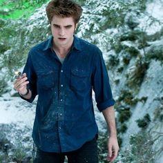 New Twilight Saga Movies Stills 2016 The Twilight Saga Eclipse, New Twilight, Twilight Saga Series, Twilight Edward, Twilight Photos, Edward Cullen, Edward Bella, Robert Pattinson Twilight, Edward Pattinson