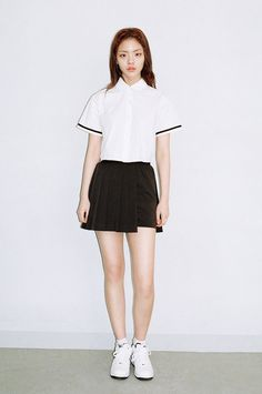 WHITE COLLAR CROP TOP by O!Oi