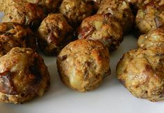 Italian Appetizers Recipes, a lot of italian appetizers for your parties with family or friends Italian Dinner Recipes, Italian Appetizers, Appetizer Recipes, Eggplant Meatballs, Antipasto, Eggplant Recipes, Balls Recipe, Clean Eating Snacks, Favorite Recipes