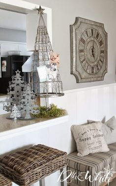 Unusual metal tree for displaying Christmas cards