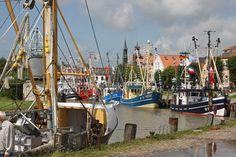 Fischerfest am Hafen in Tönning. Lust auf Urlaub? Dann besucht uns im Internet unter www.toenning.de